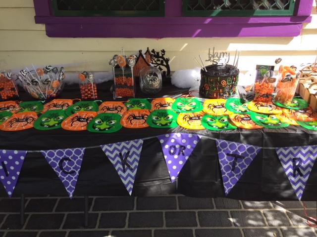 Halloween table IMG_7825